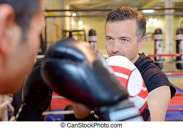 ボクシング, 2人の男性たち