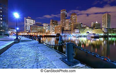 ボストン 港