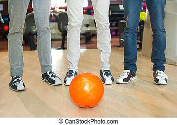 ボーリング競技者, ボール