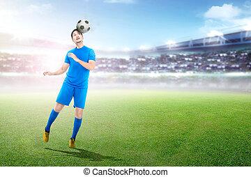 ボール, 若い, プレーヤー, アジア人, サッカー, ヘッディング