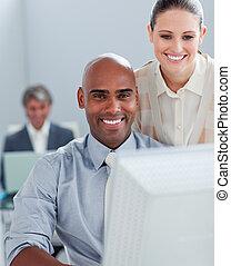 ポジティブ, ビジネス 同僚, 仕事, 2, コンピュータ