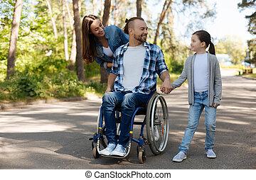 ポジティブ, 行く, 喜ばせられた, 家族, 歩きなさい