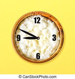 ポリッジ, パステル, 概念, 木製である, 黄色, バックグラウンド。, ボール, 朝食, 米, clock., ミルク