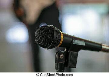 マイクロフォン, ホール, コンサート
