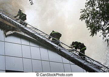 マスク, 身に着けていること, 消防士, ガス, 階段