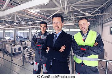 マネージャー, そして, 労働者, 中に, 工場