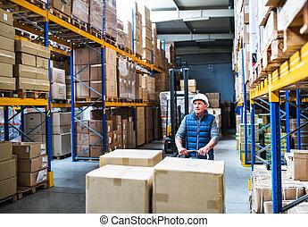 マレ, 労働者, パレット, 引く, 倉庫, シニア, truck.