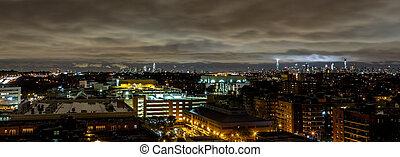 マンハッタンスカイライン, 夜で