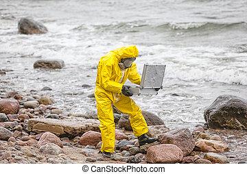 ミニ, 海岸, 専門家, カバーオール, 保護である, 汚染された, 岩が多い, 実験室, 海