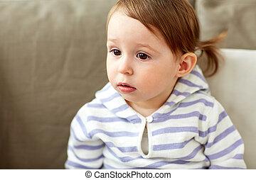 モデル, ソファー, 肖像画, 赤ん坊, 家, 女の子