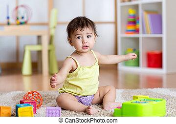 モデル, 子供, おもちゃ, 家, 女の子, カーペット