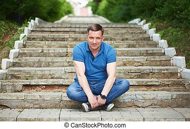 モデル, 屋外で, 肖像画, park., 40, 階段, 人, 年
