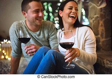 モデル, 恋人, 前部, 暖炉, 飲むこと, ワイン。