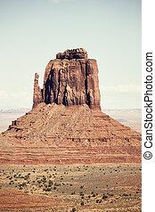 モニュメント峡谷, 形成, 岩