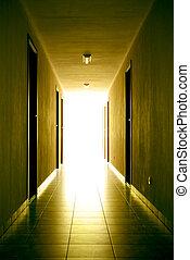 ライト, 廊下