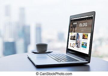 ラップトップ・コンピュータ, ∥で∥, blog, web ページ, 上に, スクリーン