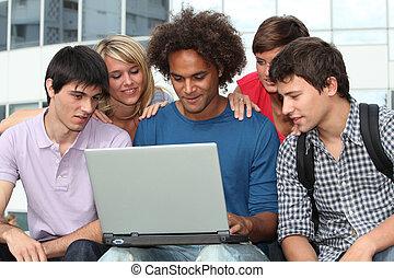 ラップトップ・コンピュータ, グループ, 学生