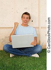 ラップトップ・コンピュータ, 学生, 幸せ