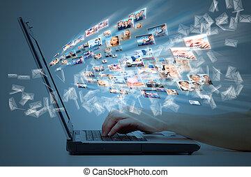 ラップトップ・コンピュータ, keyboard., 手