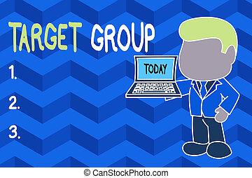 ラップトップ, 開いた, 特定, side., 概念, テキスト, 執筆, ビジネス, 地位, 提示, ターゲット, 単語, intended, 広告, 専門家, 手の 保有物, 権利, ビジネスマン, group., リーチ