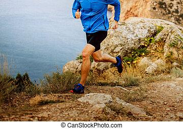 ランナー, 山, 走っている男性