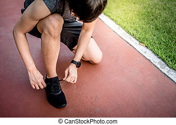 ランナー, 若い, 小道ラニング, 靴, 結ぶこと, 人, アジア人, ひも