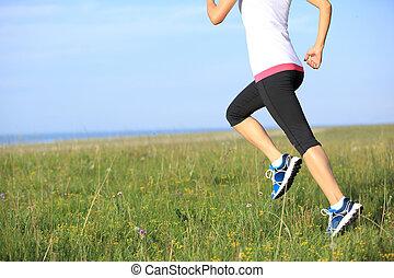 ランナー, 運動選手, 草, 海, 動くこと