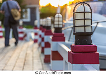 ランプのポスト, 上に, a, 桟橋