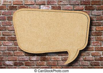 リサイクルしなさい, ペーパー, スピーチ泡, 上に, 古い, れんがの壁, 背景