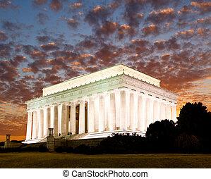 リンカーンの記念物, 中に, washington d.c.