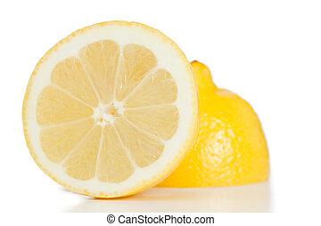 レモン, 黄色, 2 等分される