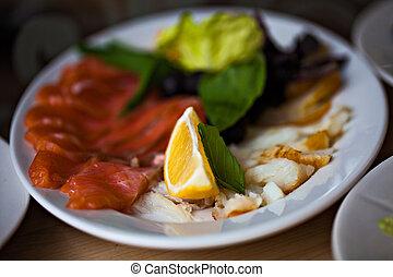 レモン, restaurant., fish, 前菜, プレート, レタス, 食品。, 食事, 健康, 味が良い, 白