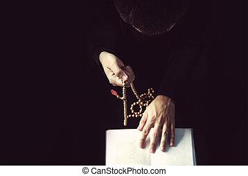 ロザリオ, 読む, 司祭, 保有物, 祈とう書