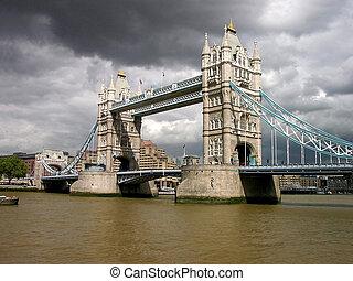 ロンドンタワー橋