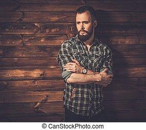 ワイシャツ, 家, 内部, ハンサム, checkered, 田園, 木製である, 人, 身に着けていること