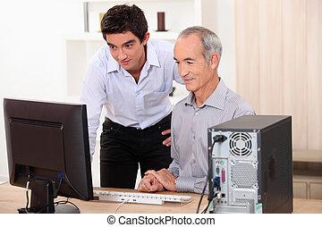 一緒に, コンピュータ, 仕事, 孫, 祖父