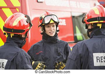 三, 援救人員, 談話, 所作, 救援車輛