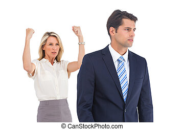 上げられた, ビジネスマン, 女性実業家, 腕, 深刻