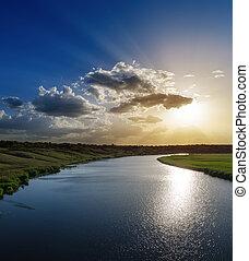 上に, よい, 日没, 川