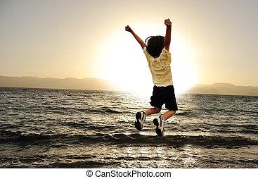 上に, jumpin, 日没, 海, 子供