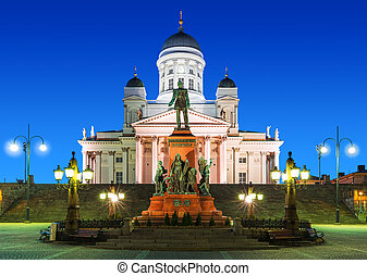 上院の 正方形, 夜で, 中に, ヘルシンキ, フィンランド