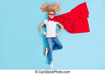 上, 角度, を除けば, 世界, の上, 背景, 光景, 強力, 極度, 位置, 英雄, わずかしか, 子供, 隔離された, 高く, 最も良く, 青, フルである, 女の子, 写真, 色, 岬, 赤, 持ちなさい, マスク, 上に, 準備ができた, superwoman, 体