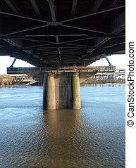 下に, bridge., hawthorne