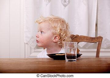 不思議である, 男の子, 若い, テーブル