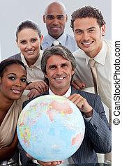 世界的である, 拡大, ポジティブ, ビジネス, グループ, 微笑