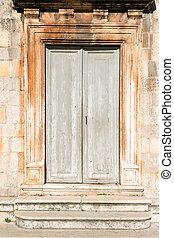 中世紀, 門