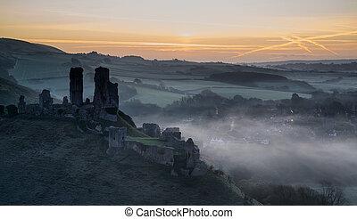 中世, 日の出, 霧が濃い, 城, 台なし, 風景