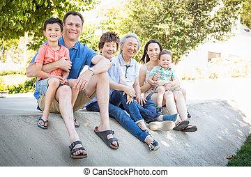 中国語, 父, 祖父母, コーカサス人, 母, レース, 混ぜられた, 肖像画, 子供