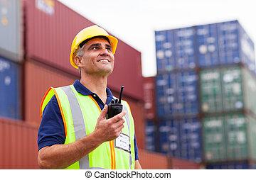 中年層, 倉庫, 労働者, 保有物, ラジオ