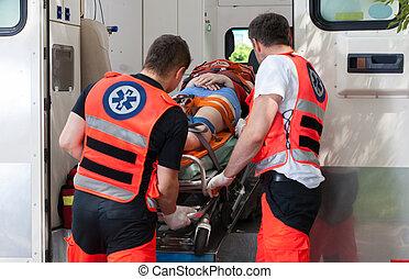 中, 女, 事故, 後で, 救急車
